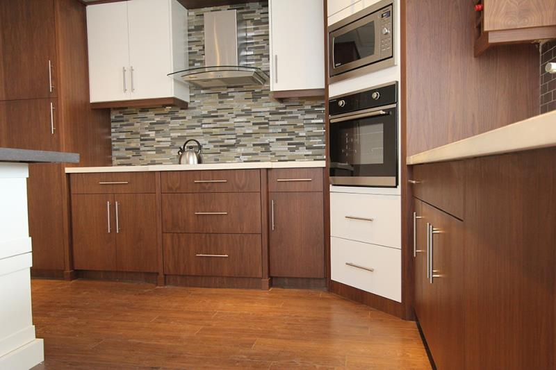 Replace Your Kitchen Cabinets In Your Burlington Home