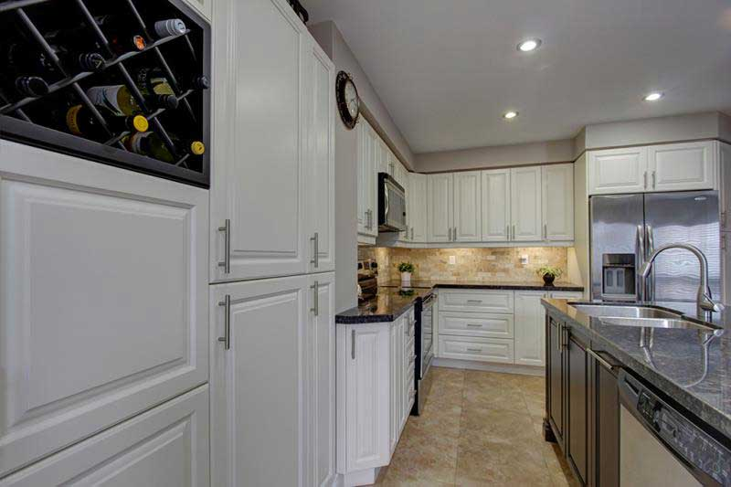 Differences Between Kitchen Cabinet Refacing Refinishing